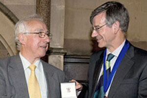 2009 Winner: Professor Malcolm Lader (left)